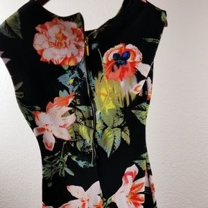 BCX Womans Dress Small Size 3 Elegant Flower